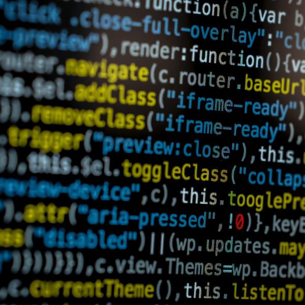 Онлайн Профессия Программирование Golang-разработчик с нуля Image