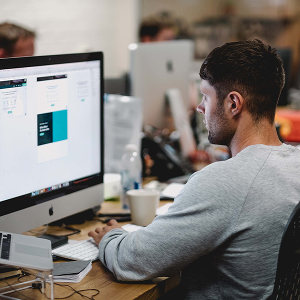 Онлайн Профессия Дизайн и UX UI-дизайнер Image